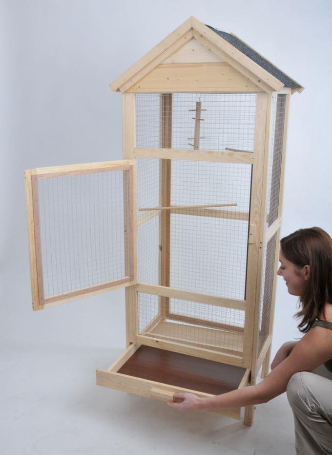 bird dream holzvoliere mit bitumen dach zoo co. Black Bedroom Furniture Sets. Home Design Ideas
